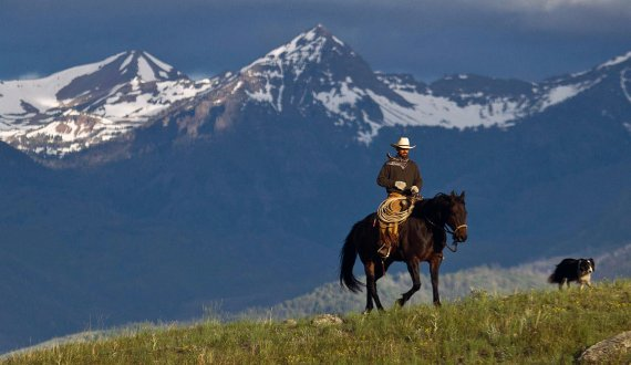 Large ranch for sale in Montana with breathtaking views