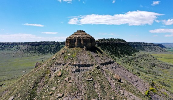 Montana ranch for sale with stunning rock features