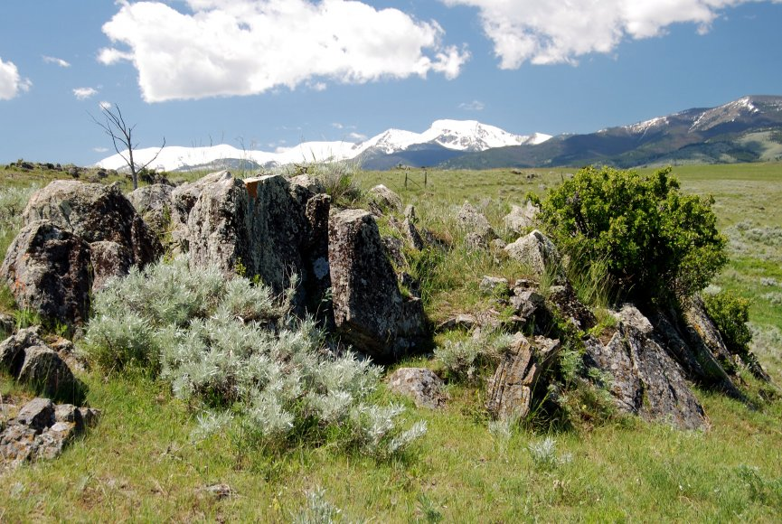 Mountain backdrop adds a sense of solitude on this Montana property for sale