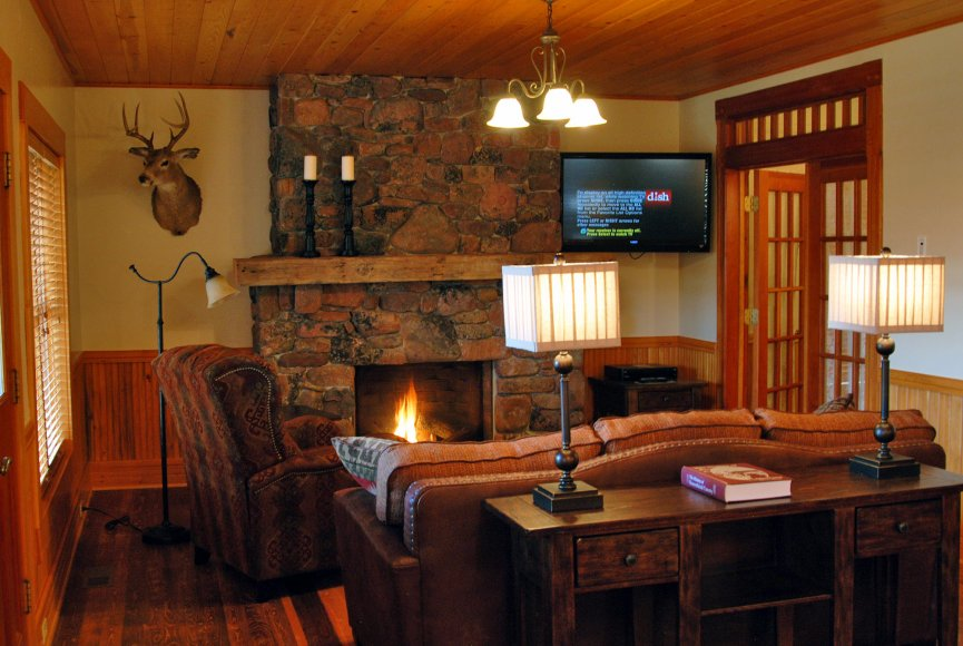Home has a warm feeling on this Montana ranch for sale