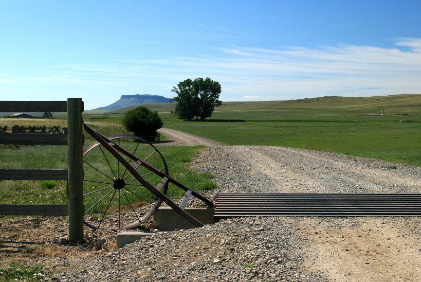Charming ranch for sale in Montana listed by Swan Land Company