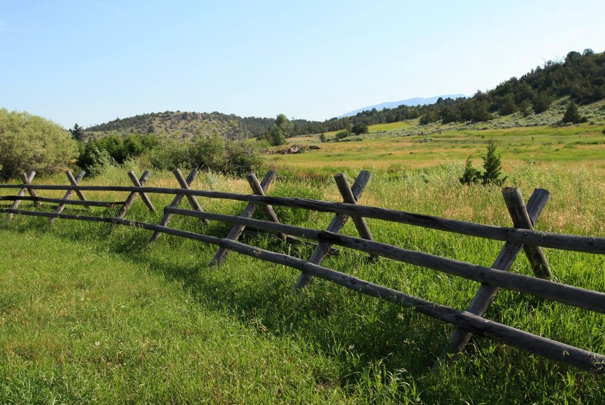 Property for sale in Montana has rustic charm