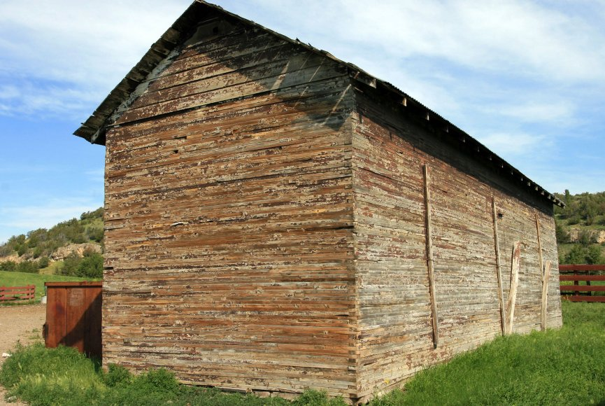 Property for sale in Montana with barn