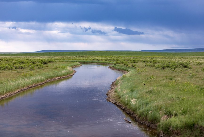 Montana ranch for sale with water on it