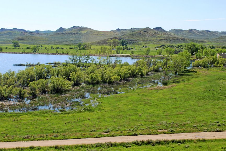 Wyoming land for sale has valuable water rights
